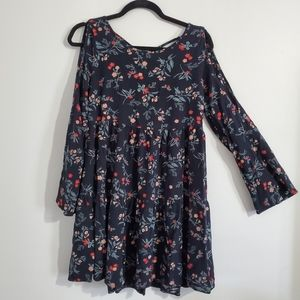 American Eagle Cold Shoulder Tunic Top Size M